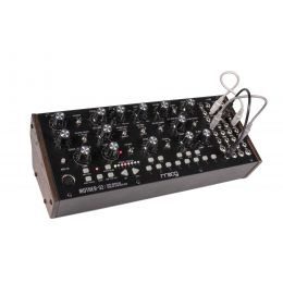 Moog Mother 32 Sintetizador semi modular