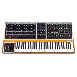 Moog One 8