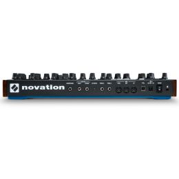novation_peak-imagen-1-thumb